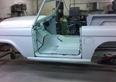 BroncoBob Early Ford Bronco Restoration and Custom Roll Cages